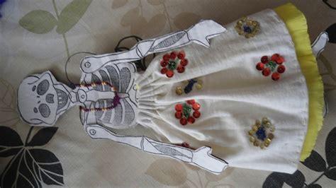 imagenes de una calavera sentada como vestir a una calavera de papel youtube