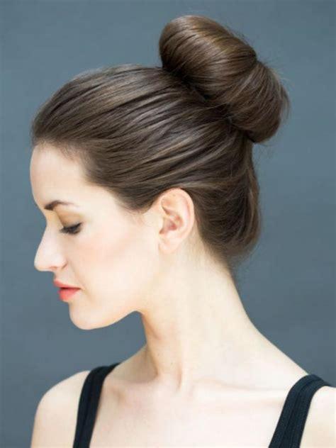Bando Pita Dengan Rambut Poni malas ini 10 tatanan rambut yang bisa dilakukan dalam 10 detik lifestyle liputan6