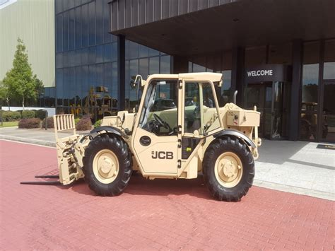 5k light capacity rough terrain forklift lcrtf jcb wins 142m us army contract to supply rough terrain
