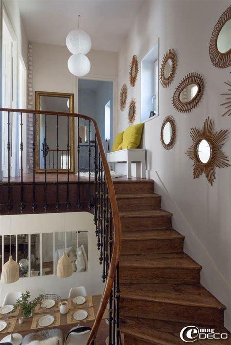 decoration escalier maison les 25 meilleures id 233 es de la cat 233 gorie miroirs sur