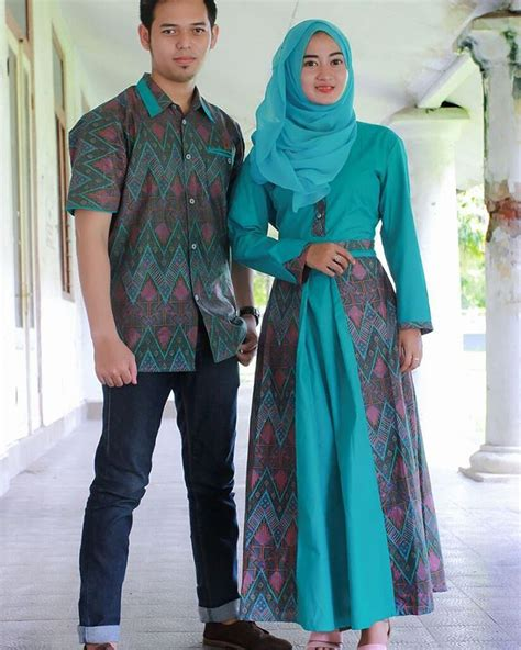 23 Model Gamis Batik 23 model baju gamis batik terbaru untuk til cantik