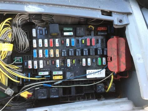 2009 Freightliner Century Class 120 Fuse Box For A