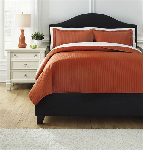 Raleda Orange Queen Comforter Set From Ashley Q496003q
