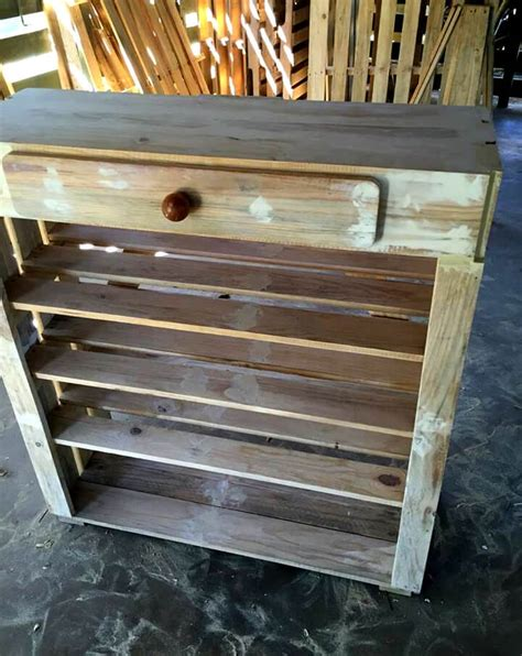 Ready Made Shoe Rack by Upcycled Pallet Shoe Rack 101 Pallet Ideas