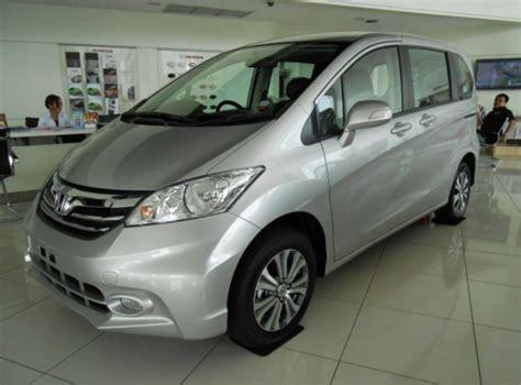 Accu Mobil Honda Freed ingin beli mobil bekas honda freed perhatikan hal ini autogaya