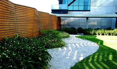 imagenes de jardines con gravilla piedra ana ashida jardines