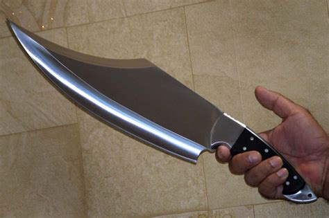 knives or knifes does anyone any experience with quot big custom knives