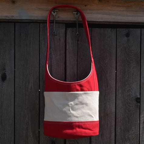 Vally Sling Bag White the valley cove bag with white thread sailsmith