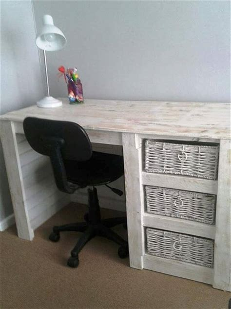 how to your own desk 20 best pallet ideas to diy your own pallet furniture