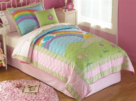 rainbow bedding rainbow quilt in bright pink rainbow colors for twin and full queen for girls