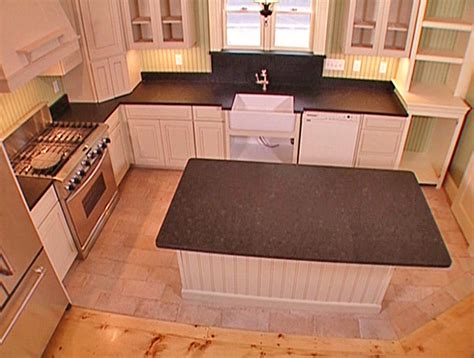 Soapstone Kitchen Countertops How To Lay A Soapstone Countertop How Tos Diy