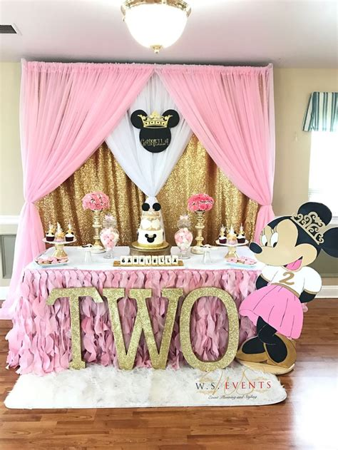 party themes minnie mouse 1183 best minnie mouse party ideas images on pinterest