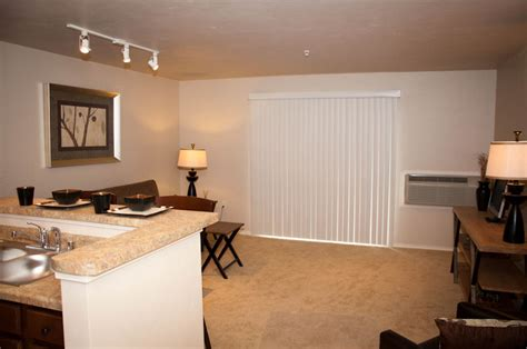 3 bedroom apartments wi 3 bedroom apartments in waukesha wi summit lake apartments townhomes hartland wi walk score