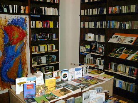 libreria portalba chiude guida a port alba