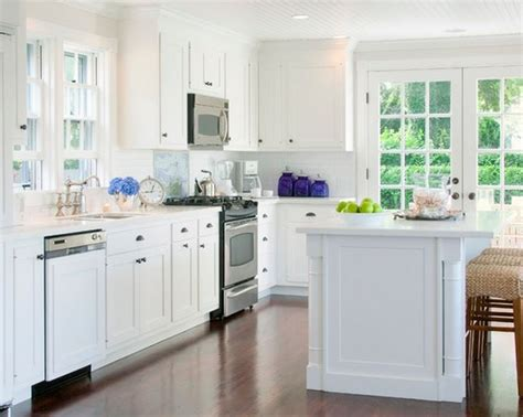 nantucket kitchen nantucket beach home decorated to perfection