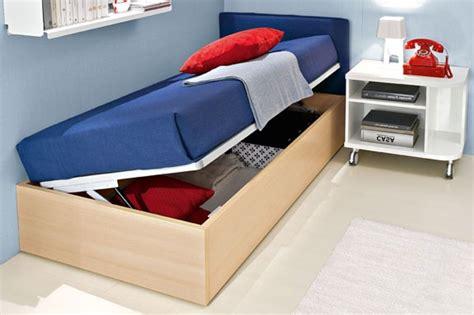 letti singoli con contenitore prezzi tanto spazio in pi 249 sotto il letto scegli i letti con