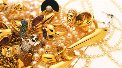 wallpaper of gold earring jewelry wallpapers best wallpapers