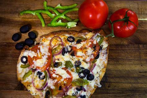 Reader Recipe Simple Naan Pizza by Easy Artisan Naan Bread Pizza Recipe 2 Delish Buzz
