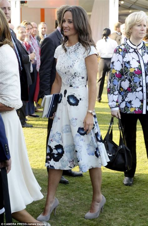 Etude Top White Blue Blouse Motif Musik carole and pippa middleton join the at buckingham