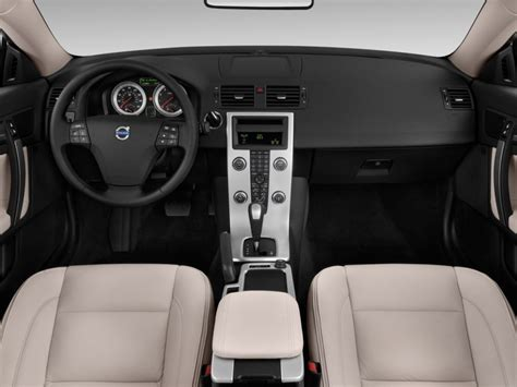 electric and cars manual 2011 volvo v50 interior lighting image 2012 volvo c70 2 door convertible t5 dashboard
