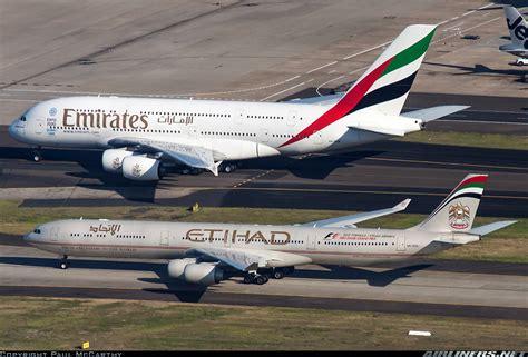 Miniatur Pesawat Emirates Airlines Boeing B777 300er Medium Size airbus a340 642 etihad airways aviation photo 2448430