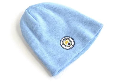 Manchester City Blue Knitted Hat manchester city fc knitted sky hat everythingenglish