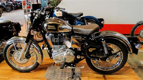 Motorrad Test Royal Enfield by Coffee Time With A Legend Royal Enfield Classic 500 Efi
