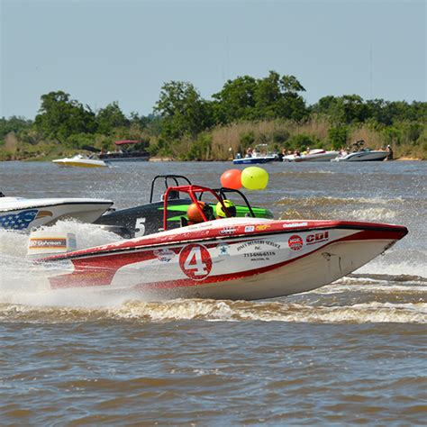 tri hull boat racing tri hull drivers ngk spark plugs f1 powerboat