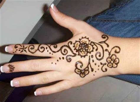 desain gambar henna 10 desain gambar henna sederhana