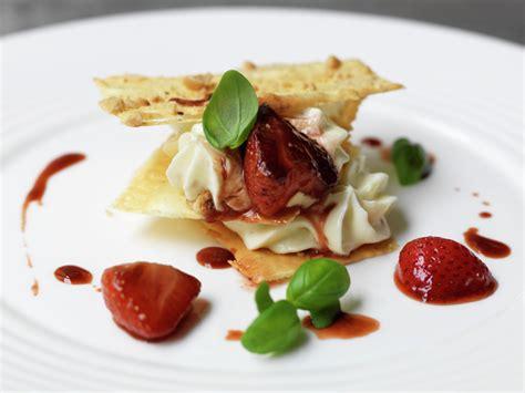 modern british food recipes 1472938496 top ten strawberry desserts photo 2
