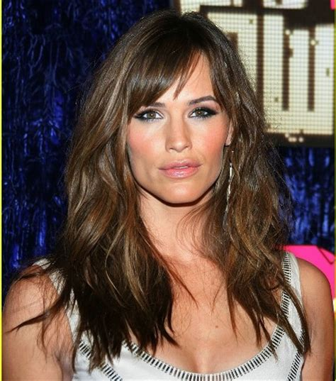 brunette hairstyles wiyh swept away bangs jennifer garner side part with bangs party evening