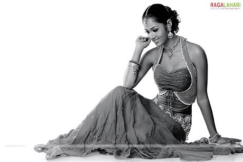actress vidisha death vidisha photo gallery