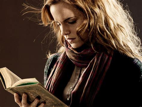 emma watson reading read by nomercy68 on deviantart