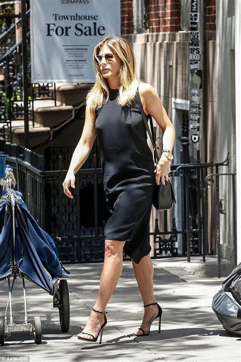 jennifer aniston great legs celeb street style 133 best images about ankle strap high heels style on