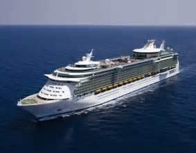 Royal Caribbean Luxury Cruise Ship