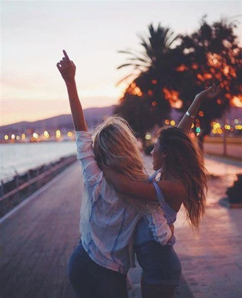 best lifestyle instagram pinterest vandanabadlani bff goals best friend girl