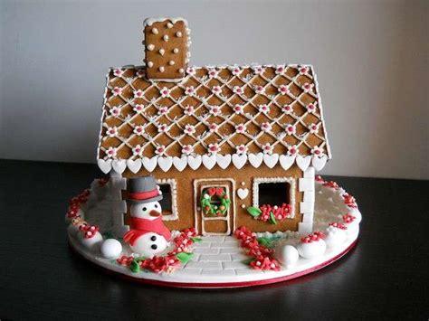 casa di pan di zenzero cucina con decorazioni biscotti pan di zenzero foto 12 40 ricette