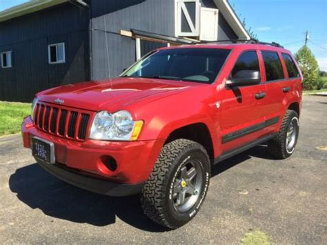 gas mileage 2006 jeep grand buy used 2006 jeep grand awd 4 7l lifted wheels