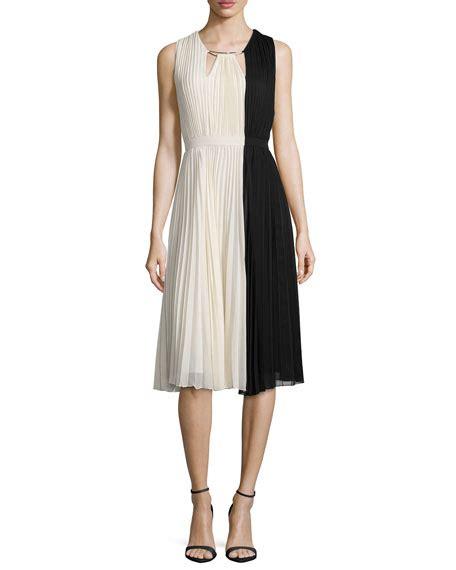 Yoku Dress V heritage sleeveless colorblock pleated dress