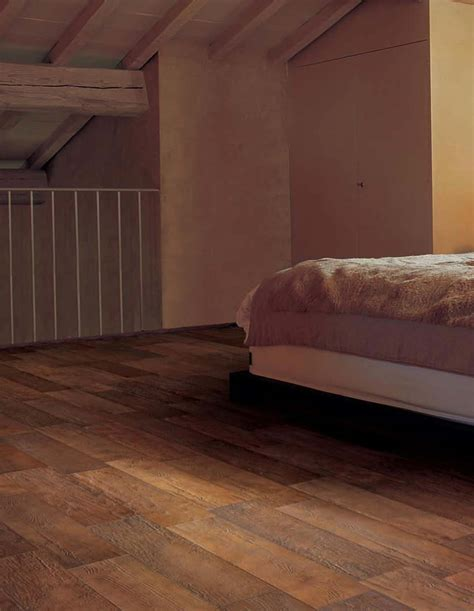 trending wood look tile was a key component in ceramic tile as bedroom wood floor decobizz com