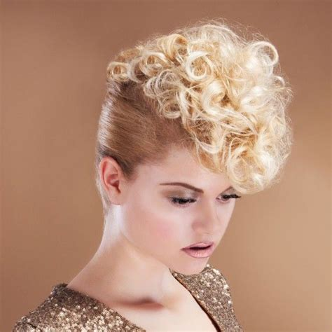 ambre suit curly hair curly quiff hairstyle hairstyles for women in their 30s
