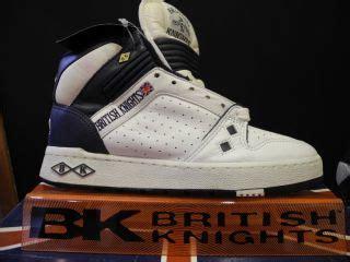 Dinar Shoes 1 2 dinar 1993 king hussein p 23 23b unc