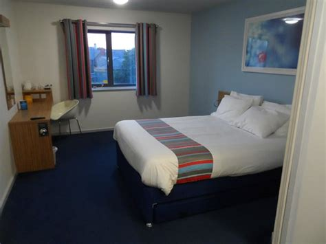 travelodge 29 rooms family room picture of travelodge holyhead hotel holyhead tripadvisor