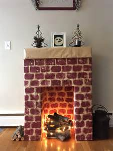 kamin aus pappe 25 best ideas about cardboard fireplace on