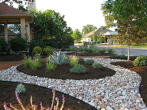 Landscape Pictures Residential 25 Best Ideas About Residential Landscaping On