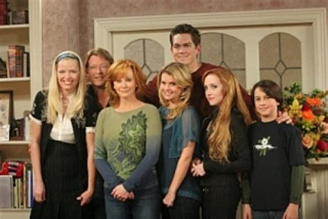 the cast and crew of reba tv show reba next episode air date countdown