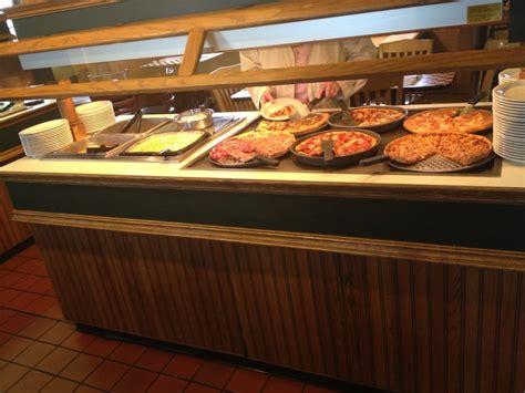 pizza lunch buffet near me bar at this pizza hut s lunch buffet yelp