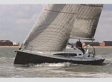 Rupert Holmes tests and reviews the new cruiser-racer J/112E J 112e