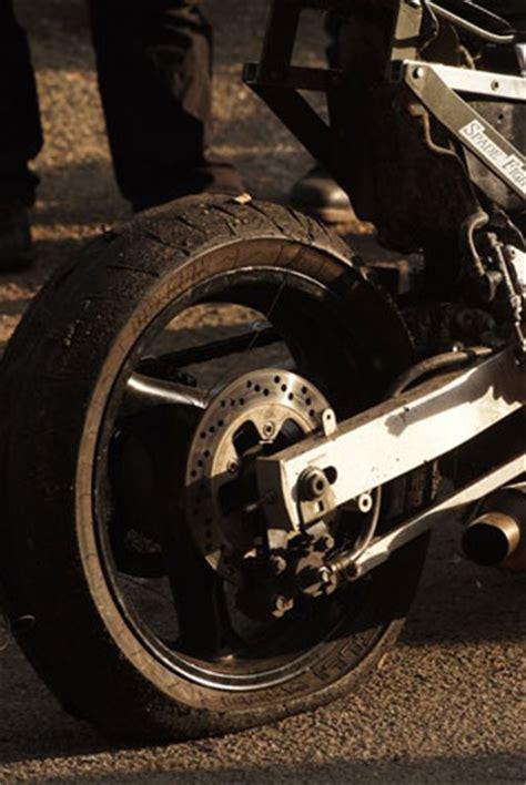Motorrad Reifen Platt by Streetfighter Festival Event