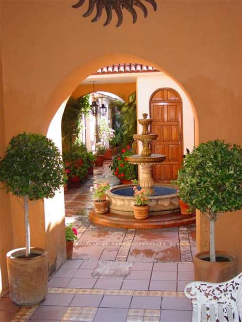 style courtyards mexican courtyard on homes courtyards and haciendas